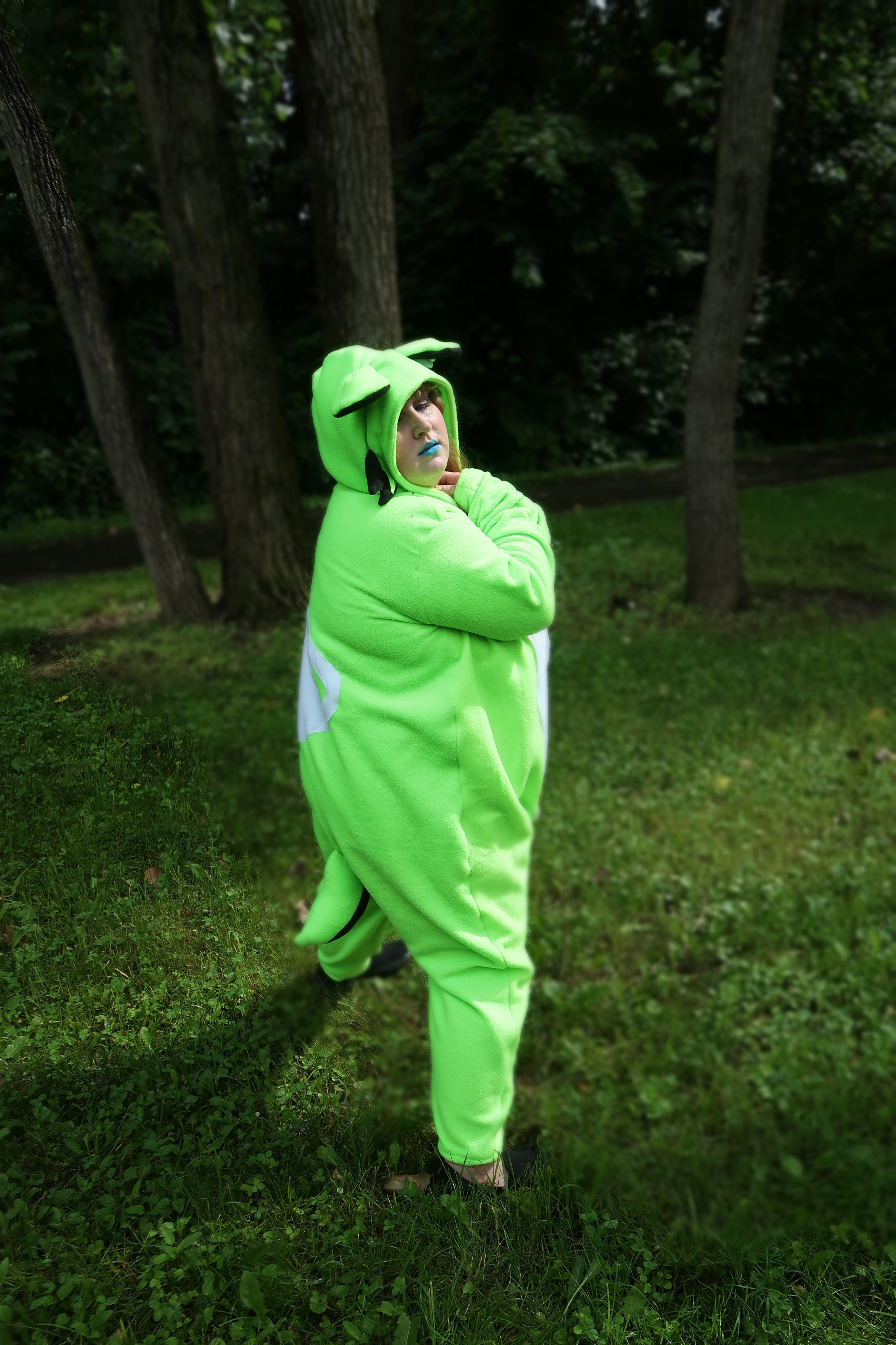 obletop-promotional-phtography-kigu-full-body-by-connor-goodwolf